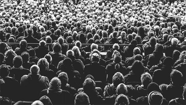 Don't follow crowds