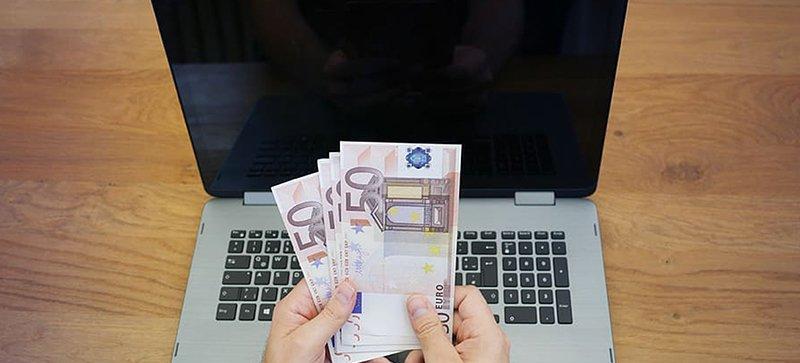Online betting popular